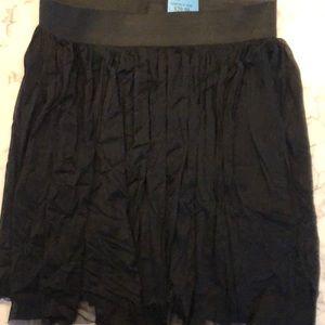 Vince Camino skirt, fully lined, M, New. Black.